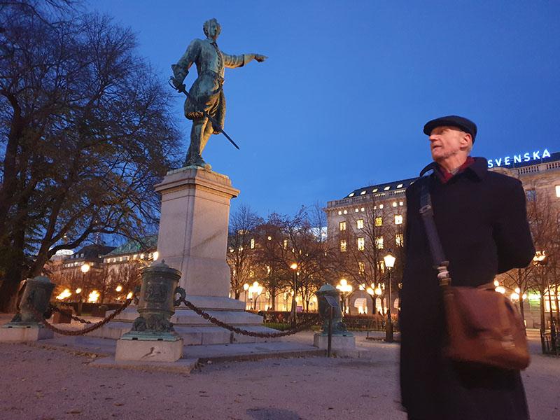 Farbror Pi: Våra stenade regenter – en vandring i Gamla stan.